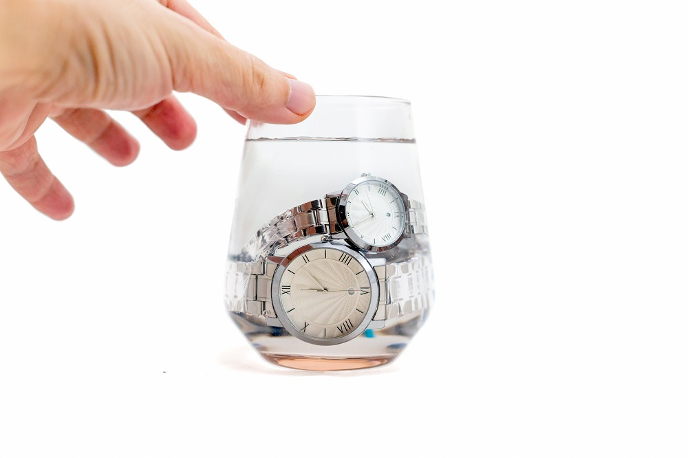 Co potřebujete vědět o vodotěsnosti hodinek?